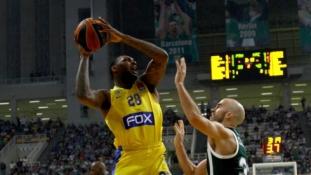 """Maccabi"" nutraukė įspūdingą ""Anadolu Efes"" seriją"