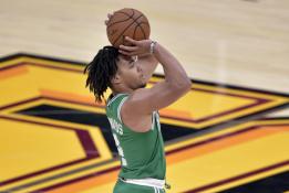 """""""Celtics"""" naujoko šou: per kėlinį - 8 tritaškiai"""