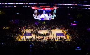 """""""Lakers"""" fano akcija prieš Kinijos cenzūrą sulaukė didelio pasisekimo"""