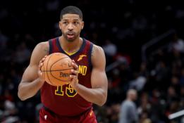 """Karjeros sezoną žaidžiantis """"Cavaliers"""" vidurio puolėjas - mainomų žaidėjų sąraše"""