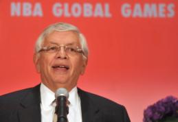 Buvęs NBA komisaras - sunkios būklės