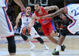 """""""Anadolu Efes"""" išvykoje palaužė CSKA krepšininkus"""