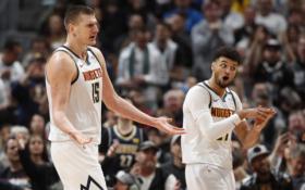 N.Jokičius prieš NBA čempionus driokstelėjo trigubu dubliu