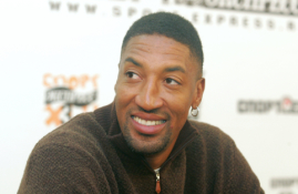 """J. Westas pasakė, kodėl nekvietė S. Pippeno į """"Lakers"""""""