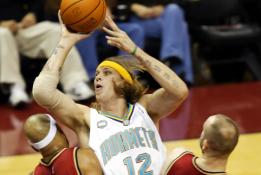 Komentatoriai lūžo iš juoko: šou surengė didžiausias NBA dėjimų konkursų nevykėlis