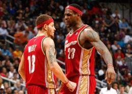 16 mln. dolerių uždirbęs buvęs NBA žaidėjas gatvėje prašo išmaldos
