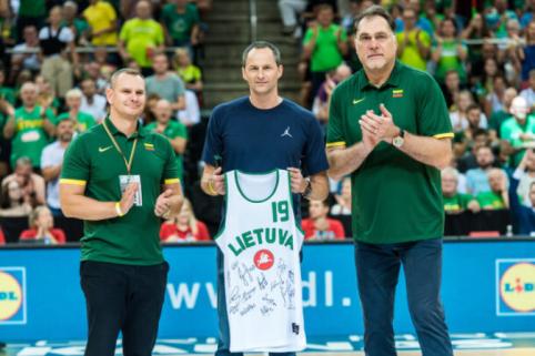 A.Karnišovas apdovanotas už nuopelnus Lietuvos krepšiniui