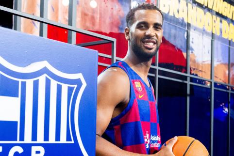 """B. Daviesas ir kiti """"Barcos"""" žaidėjai nenori tęsti ACB čempionato"""