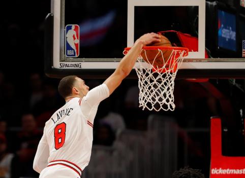 Gražiausių NBA dienos epizodų viršūnėje - nepakartojamas Z.LaVine'as