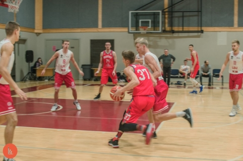 LSKL čempionate – sezono rezultatyvumo rekordas ir pergalė 69 taškų skirtumu