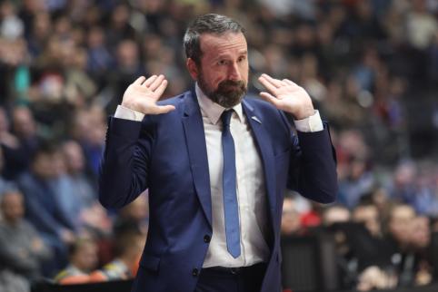 """Oficialu: """"Zenit"""" išvarė vyr. trenerį J.Plazą"""