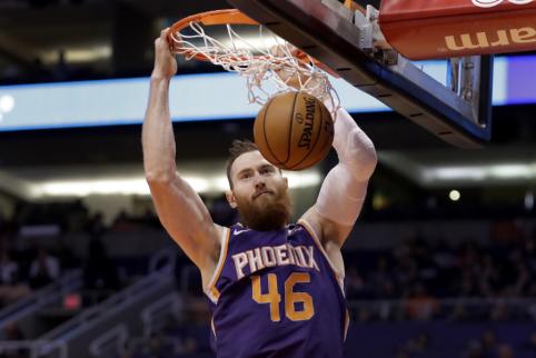 """Žaidėjai, į kurios tarpsezonio metu taikysis """"Lakers"""" ekipa"""