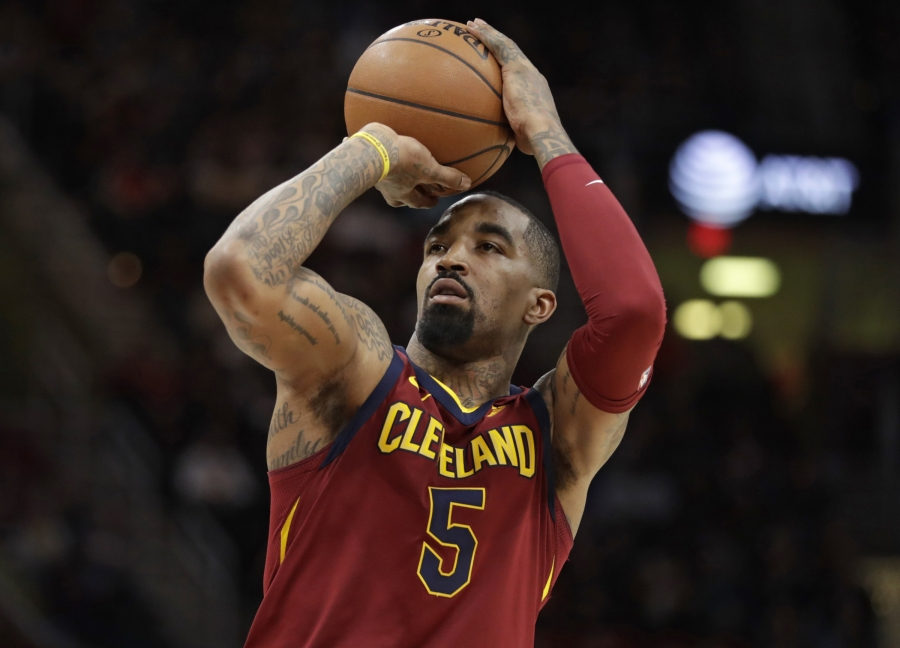 """""""Cavaliers"""" nusprendė atsisakyti J.R. Smitho paslaugų"""