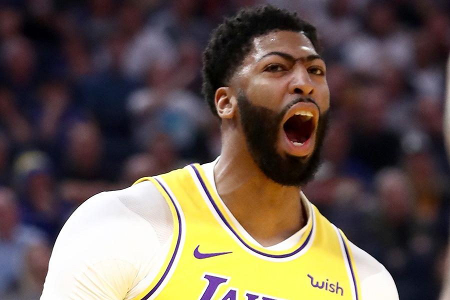 """Šou prasideda? A.Daviesas puikiai pritapo """"Lakers"""" ekipos gretose"""