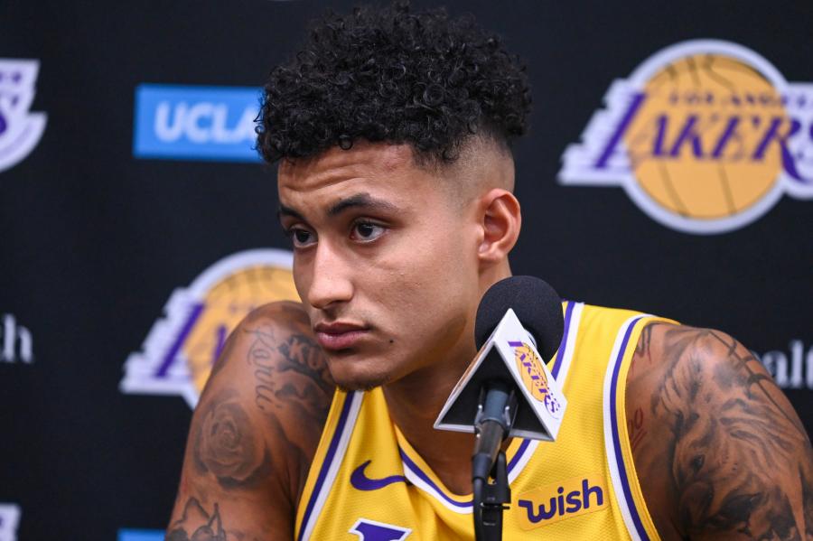 """""""Lakers"""" pratęsė sutartį su K.Kuzma"""