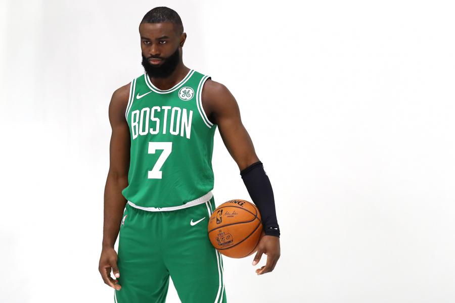 """""""Celtics"""" už didžiulius pinigus pratęsė sutartį J.Brownu"""