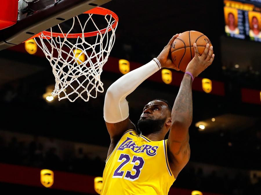 """Drąsi prognozė: """"Lakers"""" gali pagerinti NBA pergalių rekordą"""