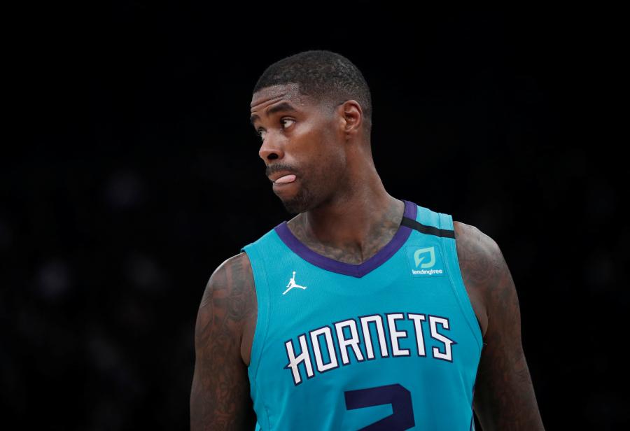 """""""Hornets"""" atleido du ilgamečius žaidėjus"""