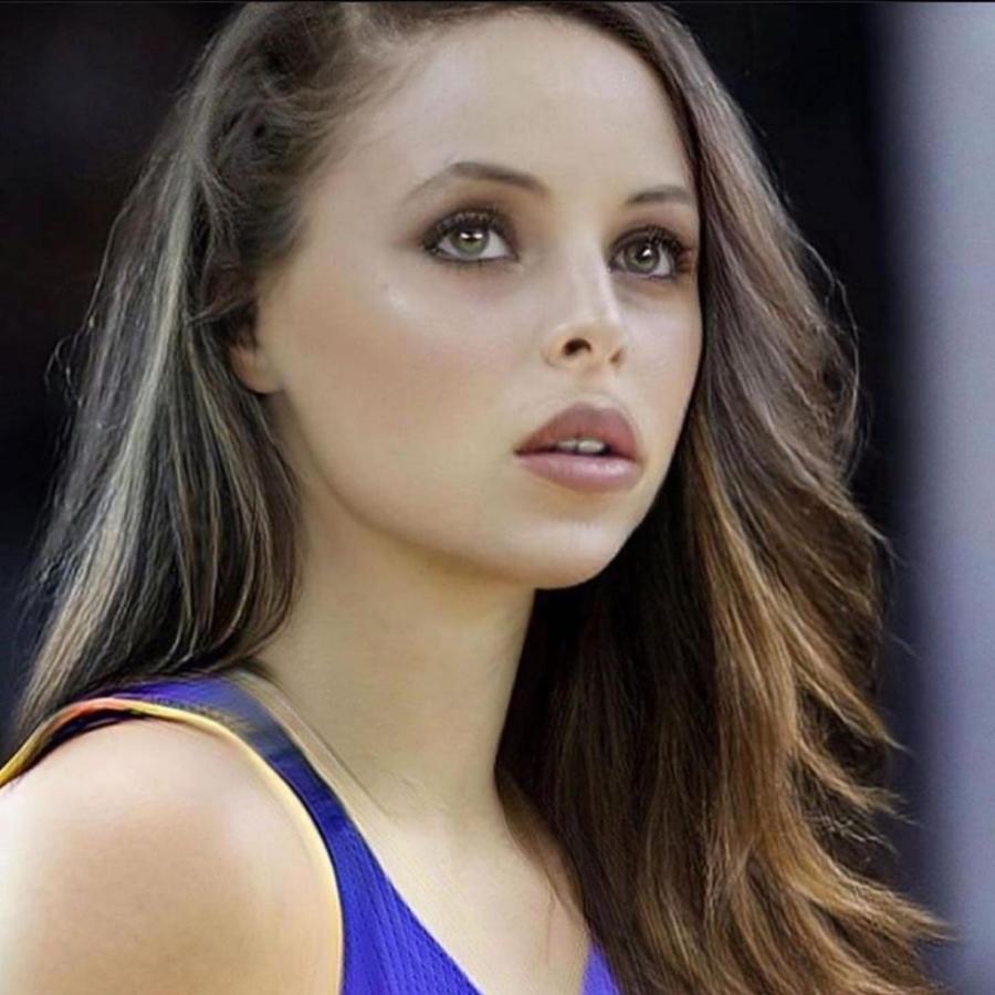 NBA žvaigždės – su moterų veidais